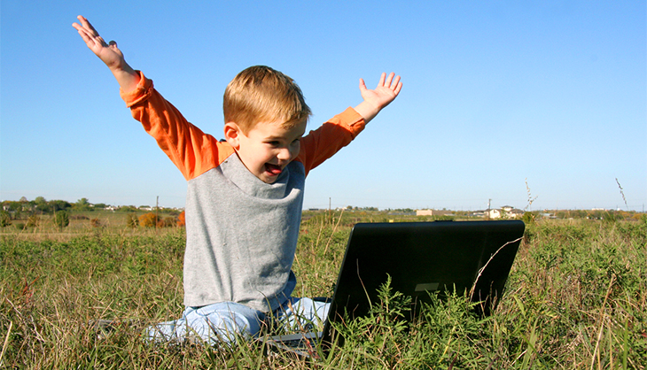 a child remotely accesses another computer via AnyDesk